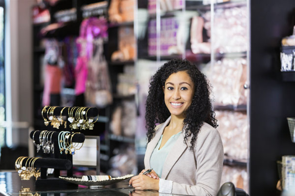 9 Qualities That Make You Hirable To A Retail Manager